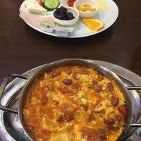 Das Foto wurde bei Bäckerei Karagöz von Cani ✌️ am 2/25/2015 aufgenommen