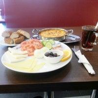 Das Foto wurde bei Bäckerei Karagöz von Cani ✌️ am 10/31/2014 aufgenommen
