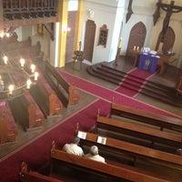 Foto tomada en Iglesia Luterana de La Santa Cruz en Valparaíso por Libby d. el 12/15/2013