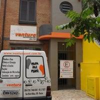 11/22/2014 tarihinde Ana Luiza M.ziyaretçi tarafından Ventura Veterinária & Petshop'de çekilen fotoğraf