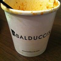 Foto scattata a Balducci's Food Lover's Market da Jennifer C. il 12/31/2013