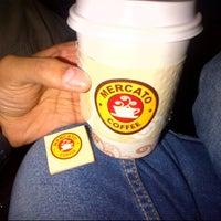 2/16/2013 tarihinde Faisal   ف.ziyaretçi tarafından Mercato Coffee'de çekilen fotoğraf