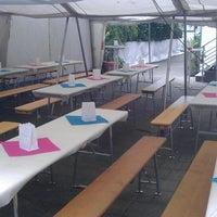 Das Foto wurde bei Café Hotel Konditorei Goldinger von Felix G. am 6/14/2014 aufgenommen