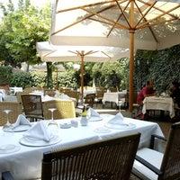 Foto diambil di Asitane Restaurant oleh Asitane Restaurant pada 12/24/2013