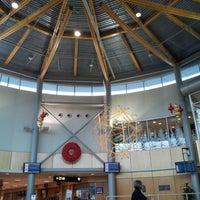 Photo prise au Victoria International Airport (YYJ) par Chris K. le12/10/2012