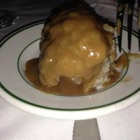 Das Foto wurde bei Tujague's Restaurant von Tiffany R. am 5/8/2013 aufgenommen