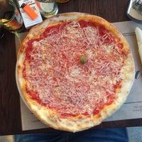 12/21/2014에 Toni F.님이 Pizzeria Fianona에서 찍은 사진