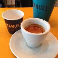 Das Foto wurde bei Manuel Deli & Coffee von Guru Kafa @gurukafa i. am 3/8/2014 aufgenommen