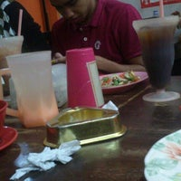 12/26/2013にmuaz y.がSelera Kampung Medan Jayaで撮った写真