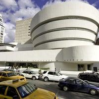 Foto tomada en Solomon R Guggenheim Museum por Time Out New York el 6/28/2013