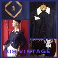 2/26/2013 tarihinde FABstylistika | The Vintage Peopleziyaretçi tarafından Bis Vintageclothing'de çekilen fotoğraf