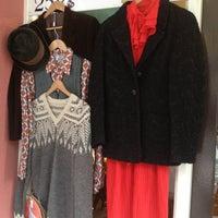 3/25/2013 tarihinde FABstylistika | The Vintage Peopleziyaretçi tarafından Bis Vintageclothing'de çekilen fotoğraf