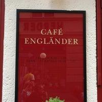 9/15/2013 tarihinde Cheryl C.ziyaretçi tarafından Cafe Engländer'de çekilen fotoğraf