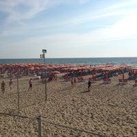 Bagno Roma Beach In Tirrenia