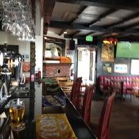Das Foto wurde bei Shakespeare Pub & Grille von Kat F. am 9/22/2012 aufgenommen
