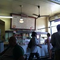 7/25/2012にDuane D.がJake's Deliで撮った写真