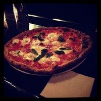 Снимок сделан в Barboncino пользователем Jordan R. 12/1/2012