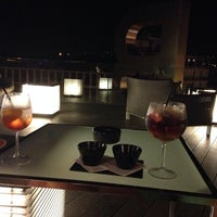 รูปภาพถ่ายที่ Piscina B-Hotel โดย Pieter T. เมื่อ 7/30/2014