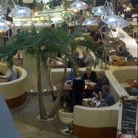 Das Foto wurde bei Kö Galerie von Rudy R. am 11/2/2012 aufgenommen