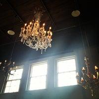 Foto diambil di Freret Street PubliQ House oleh Ciera H. pada 4/6/2013
