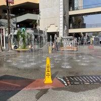 Hollywood & Highland Fountain - 3 tips