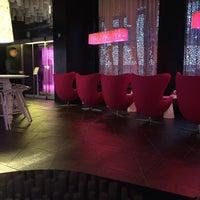 Foto tomada en B-lounge por Fabrice E. el 8/11/2015