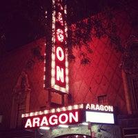 Снимок сделан в Aragon Ballroom пользователем Brad M. 9/22/2012