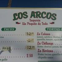 Photo prise au Los Arcos par Jason K. le7/29/2014