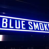 Das Foto wurde bei Blue Smoke von Ken M. am 12/13/2012 aufgenommen