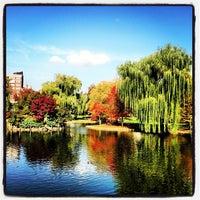 Foto tomada en Jardín Público de Boston por Kevin B. el 10/27/2012