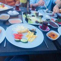 7/22/2018 tarihinde 🌹Mhtp E.ziyaretçi tarafından Teleferik Cafe & Restaurant'de çekilen fotoğraf