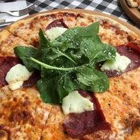 6/3/2016 tarihinde Görkem D.ziyaretçi tarafından Double Zero Pizzeria'de çekilen fotoğraf
