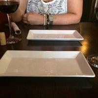 Foto diambil di Si No Corro Me Pizza oleh Rayma D. pada 9/28/2014