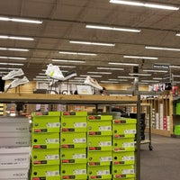 a029b8663bc3 ... Photo taken at DSW Designer Shoe Warehouse by Annop L. on 10 10  ...