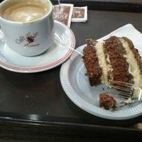 รูปภาพถ่ายที่ Café no Bule โดย Paula F. เมื่อ 9/19/2014