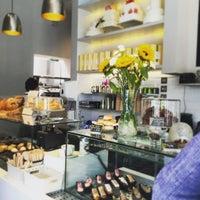 Foto tirada no(a) Chateau Dessert por Arzu K. em 8/16/2015