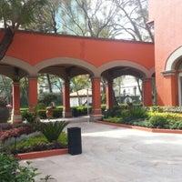 Foto diambil di Hacienda de Los Morales oleh Fernando R. pada 1/22/2013