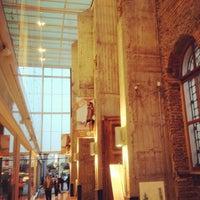 Foto tirada no(a) Mall Espacio M por Franco I. em 12/7/2012
