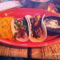 Photo prise au Twisted Taco par Debbie le2/27/2013
