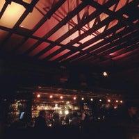Foto tirada no(a) Refectory Restaurant and Bistro por Alinda N. em 11/16/2012