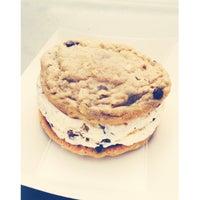 รูปภาพถ่ายที่ Sweet Sammies โดย Caitlin S. เมื่อ 7/19/2014