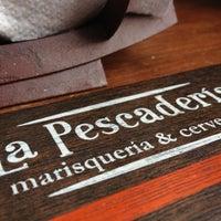 รูปภาพถ่ายที่ La Pescadería โดย Edgar R. เมื่อ 11/7/2012
