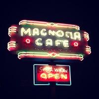2/18/2013にYangzhi Z.がMagnolia Cafe Southで撮った写真