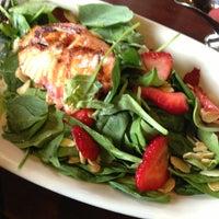 Foto tirada no(a) Molly Cool's Seafood Tavern por tracy a. em 7/23/2013