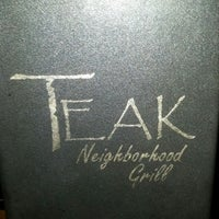 Foto tirada no(a) Teak Neighborhood Grill por Crystal K. em 2/13/2013