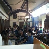 Foto scattata a cafe 46 da Levent K. il 5/19/2014