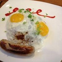 8/24/2013에 Gene S.님이 Café Loisl에서 찍은 사진