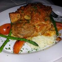 Снимок сделан в Terilli's пользователем Ms. AlluringDiva.com 11/3/2012