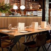 1/15/2014 tarihinde Diurno Restaurant & Barziyaretçi tarafından Diurno Restaurant & Bar'de çekilen fotoğraf