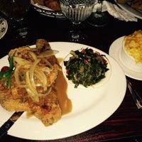 Снимок сделан в Granny's Restaurant пользователем Camille K. 1/26/2015